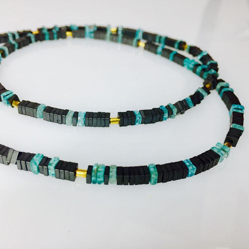Verschiedene Halsketten die Goldwerkstatt Köln