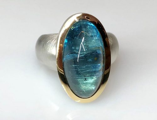 Silberring mit Cabochon